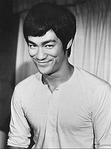【神ってる】ブルース・リーの名言集|総合格闘技の父から学ぶ武術&人生論 [God is] Bruce Lee Quotes | Martial Arts & Life Theory Learned from Mixed Martial Arts Father