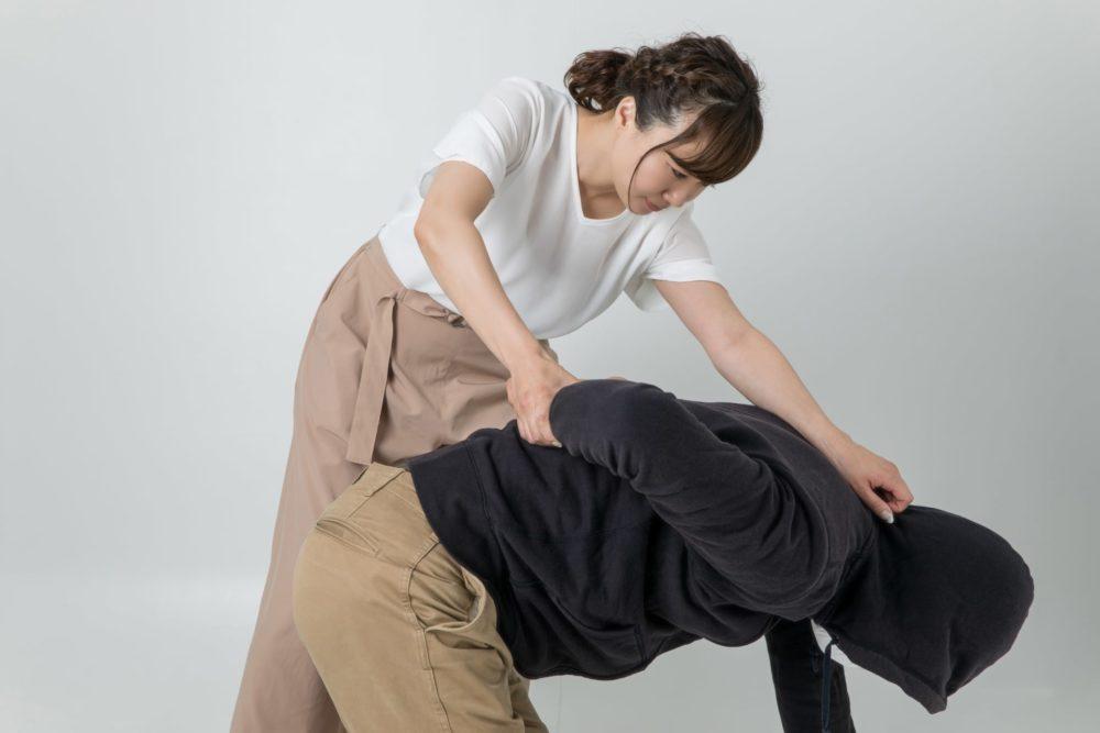 世界大会優勝者解説!女性におすすめの護身術&実際に危険な目に遭った際の対処法